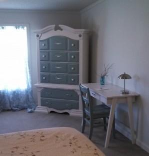 Farmhouse Bedroom Desk